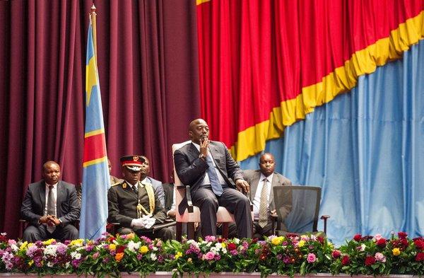 Président Joseph Kabila, au centre, en novembre à Kinshasa, en République démocratique du Congo
