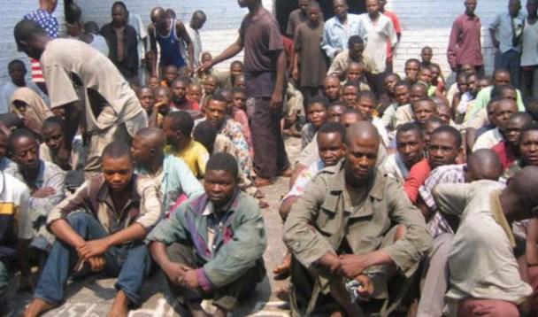 Les soldats de FARDC et policiers desarmés