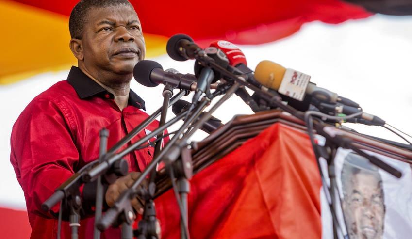 Le ministre de la défense de l'Angola, João Lourenço