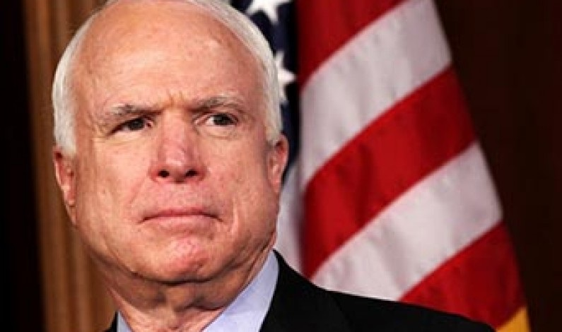 Le Senateur John McCain