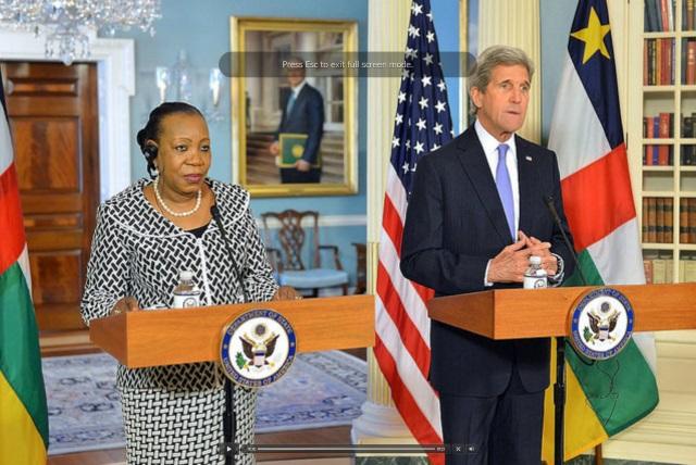 Madame Catherine Samba-Panza, Présidente de République Centre Africaine  et John kerry