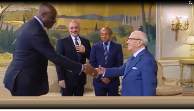 Ahmad, Tarek Bouchamaoui et Constant Omari Selemani chezl le president de la Tunisie Beji Caid Essebsi