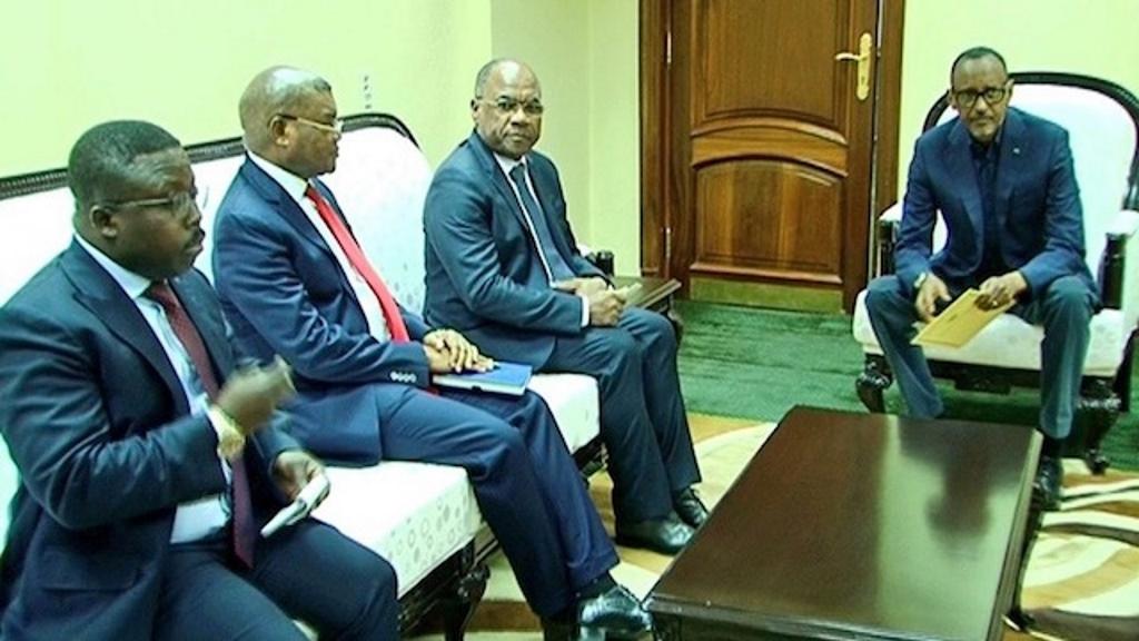 le général Delphin Kahimbi, Kalev Mutond, She Okitundu, President Paul Kagame
