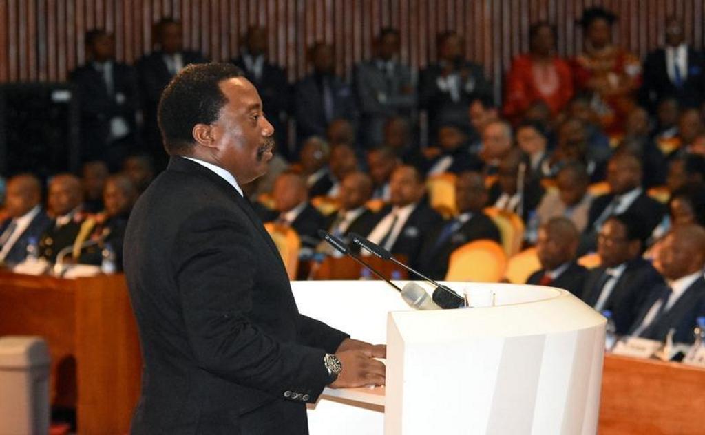 Le président Joseph Kabila s'adresse à la nation au Palais du Peuple à Kinshasa, capitale de la RD Congo, le 5 avril 2017