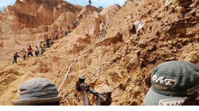 L'économie de la République Démocratique du Congo repose sur les matières premières (cuivre, cobalt, uranium, or, étain, coltan..