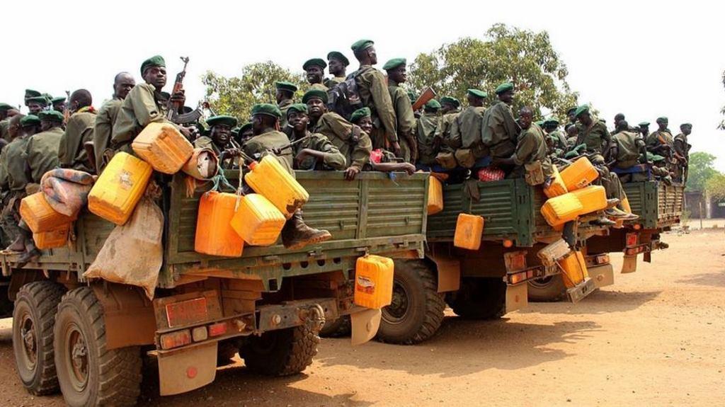 Des rebelles sud-soudanais à Juba, en février 2016.
