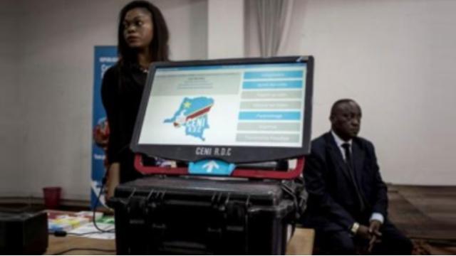 Les Machines à Voler les Elections