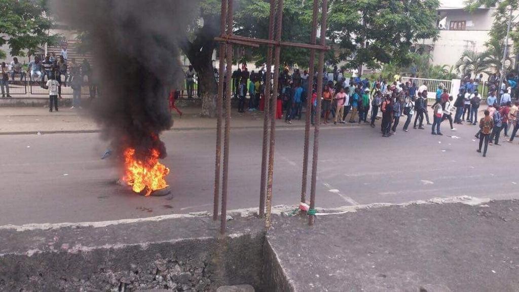 Kinshasa - Avenue Tombalbaye
