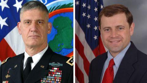 """General David M. """"Rod"""" Rodriguez et Ambassadeur Tom Perrillelo"""